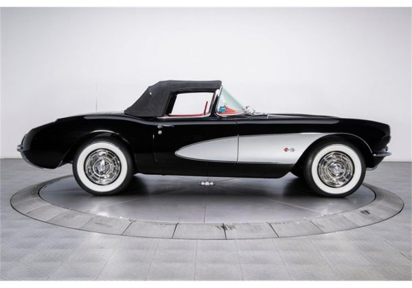 19641361-1957-chevrolet-corvette-std